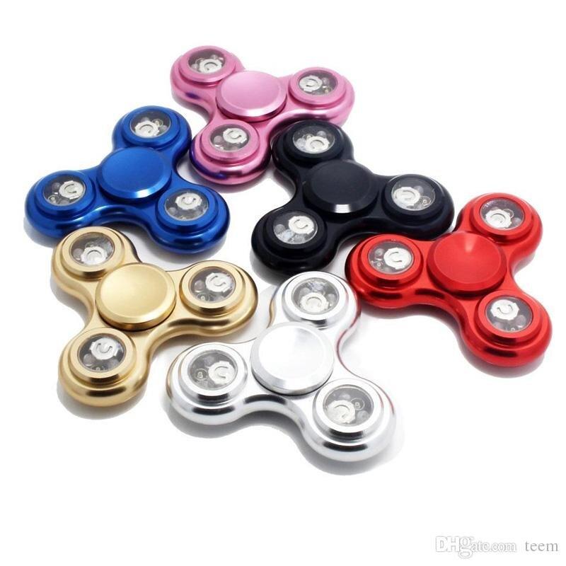 LED Light Hand Spinner Metal Fidget Spinner Finger Fingertip Gyro Tri Spinner lighting Handspinner Fidget Toys