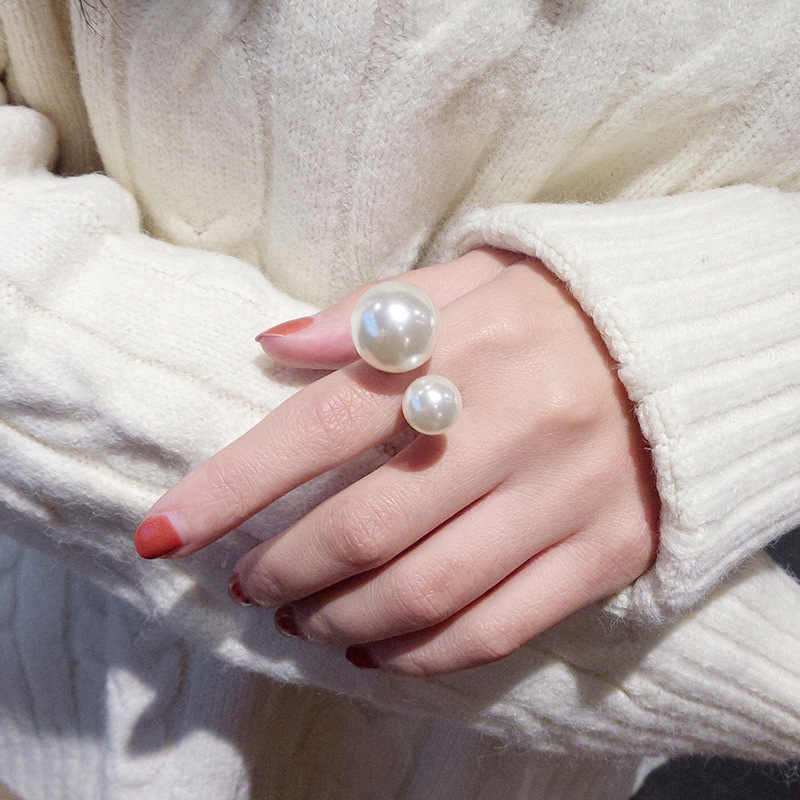 Elegant 2 Different Sizes Simulated Pearls U-Shaped Open Adjustable Golden Rings For Women