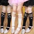 Branco e preto dos desenhos animados para meninas primavera e outono joelho padrão com gato, Coração, Estrela carta