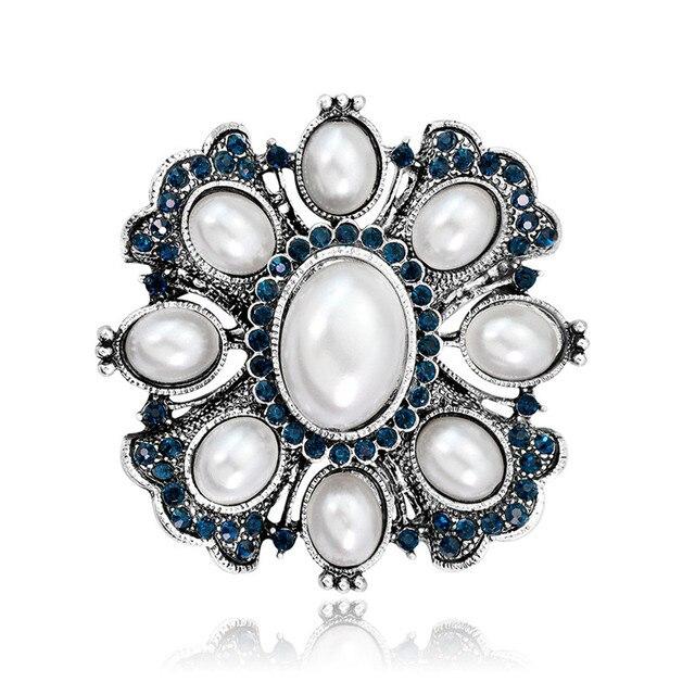 Vintage Pearl Brooch Pins...