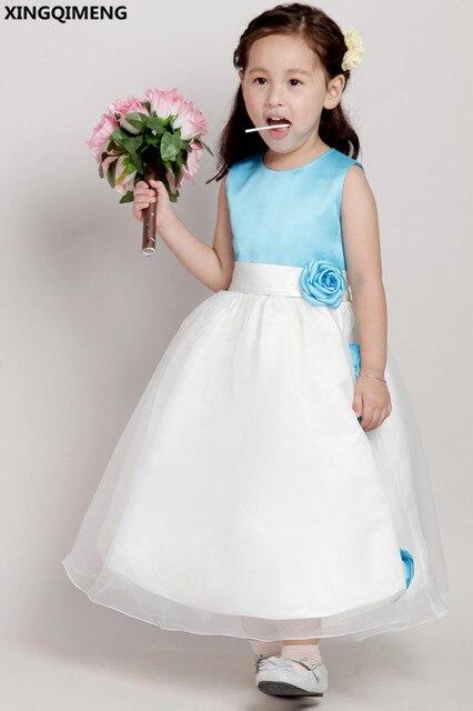 bc280db081a68 Bleu clair Satin Fleur Fille Robes Pas Cher Simple Première Sainte  Communion Robes Petites Dames Robe