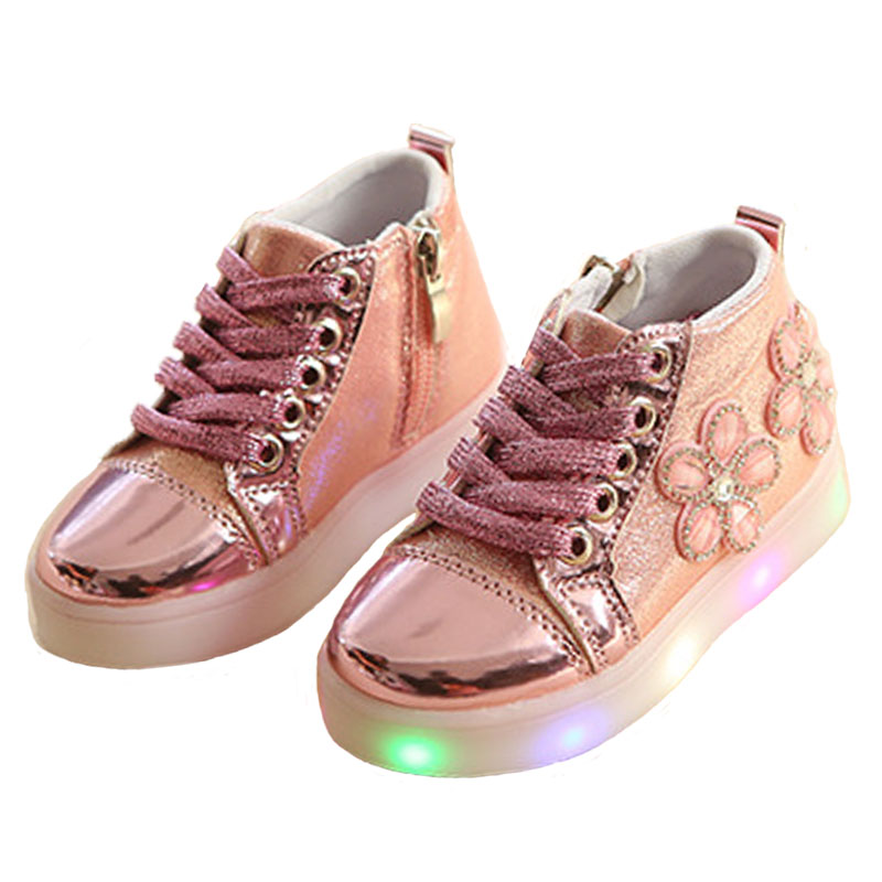 Children shoes with light glowing sneakers boys little girls shoes wings canvas flats spring kids light up shoes Luminous Sneake ...
