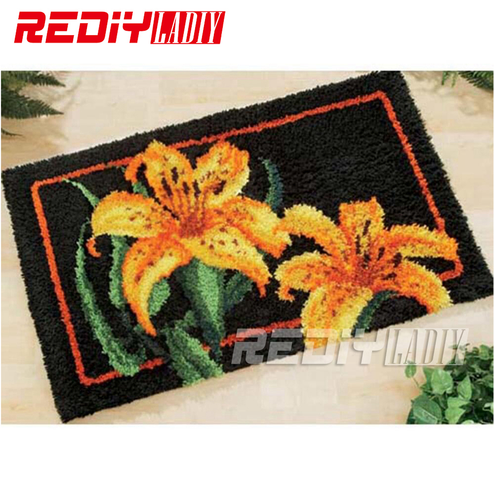 REDIY LADIY Latch Hook Rug Floor Mat Wall Tapestry Golden Lily Pre Printed Canvas 3D Yarn Embroidery Unfinished Carpet 85x60cm