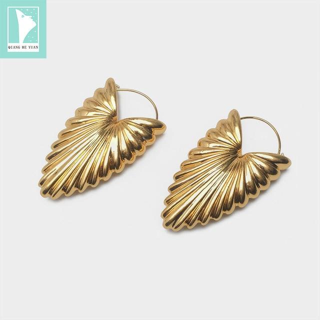 Celi Heart Screw Thread  Earrings in Copper gold color fashion personality earrings