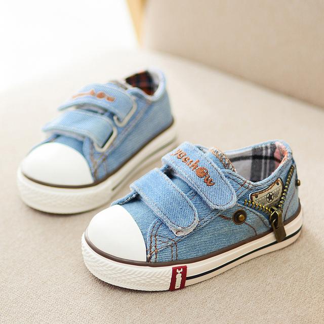 Los niños de la lona shoes 2017 nueva primavera deporte transpirable niños zapatillas de deporte de la marca kids shoes for girls jeans denim pisos de estudiantes