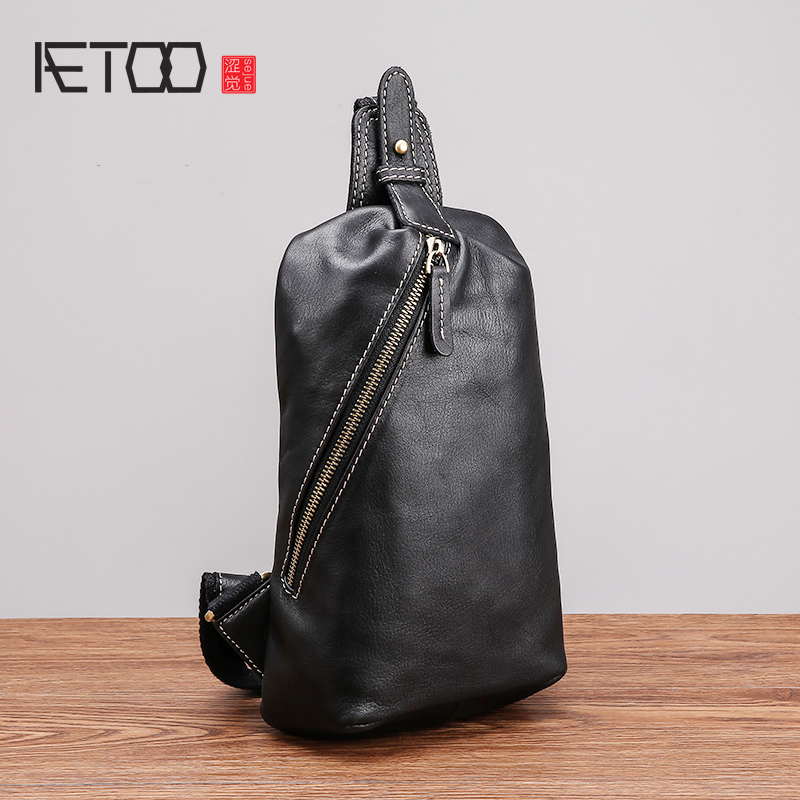 AETOO Chest bag male leather soft leather new single shoulder bag tide casual head layer cowhide mens chest BagAETOO Chest bag male leather soft leather new single shoulder bag tide casual head layer cowhide mens chest Bag