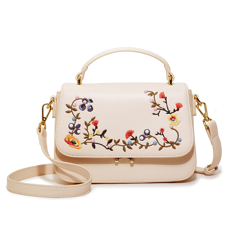 Summer Small Bag 2018 New Wave Korean Version Simple Personality Flowers Embroidery Handbags Hand Messenger Bag Small Square Bag 2018 new female bag mini camera bag summer small square package korean version of the wild shoulder messenger bag