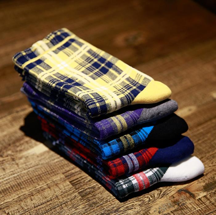 Autumn and Winter Fashion Colorful Color Cotton Men Baseball Breathable Absorbent Socks Houndstooth Stripes Plaid Classic Sock