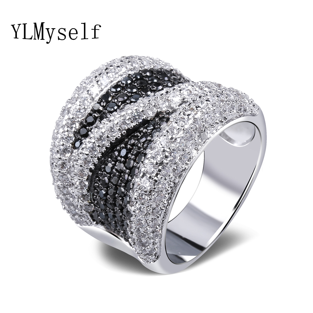 2019 Wide Black and White Cubic Zirconia Finger Ring Trendy Wholesale Jewelry Gorgeous Copper metal Fashion Large Rings