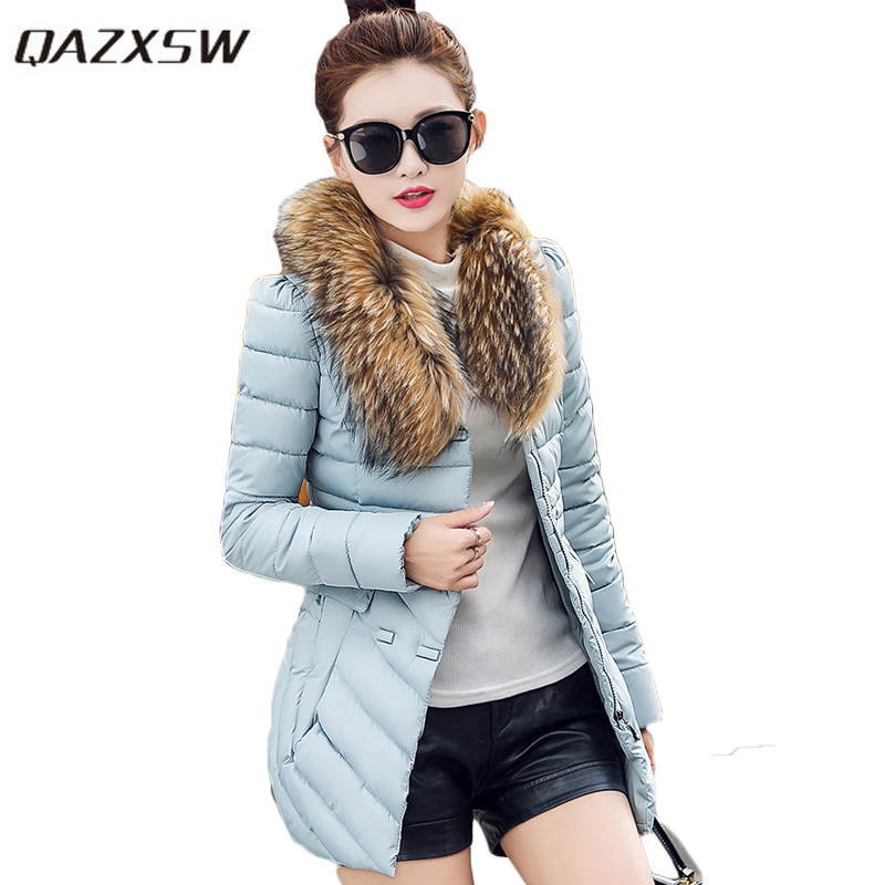 QAZXSW New Women Winter Cotton Coat 2017 Slim Jacket Detachable Fur Collar Long Sleeve Thick Parkas For Girl Warm Outwear HB364 qazxsw 2017 new winter cotton coats women hooded jackets slim long parkas for girl thick padded warm casual outwear jacket hb333
