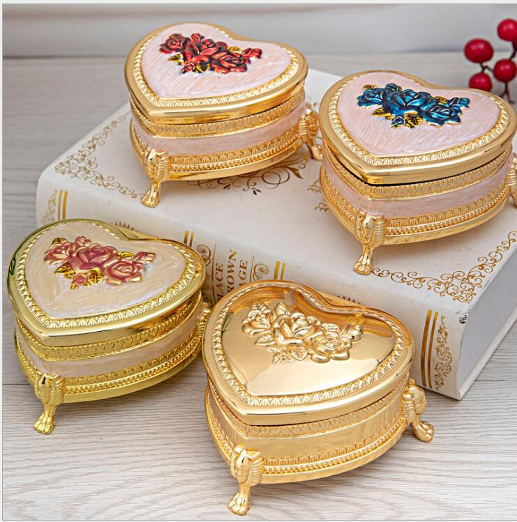 Europe heart carved metal jewelry organizer boxmakeup organizer metal tin box for girl's gifts mini box for craft storage Z121