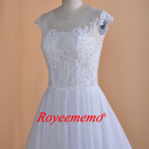 Image 5 - 2019 New Design lace Wedding Dress classic wedding gown real image factory made wholesale price bridal dress