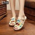 Новый летний ретро пип-носок обуви женщины вышивка платформа холст сандалии обувь simple вьетнамки женщины плоские zapatillas тапочки