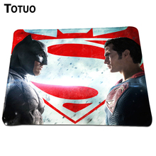 Direct Promoting Anti-Slip PC Laptop computer Gaming Mouse Mat Batman v Superman Print Mousepad For Sturdy Rubber Lock Edge Mice Pad