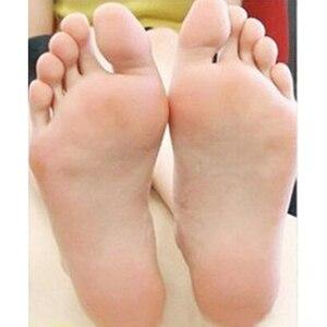 Image 5 - Hot! 1Packs Peeling Feet Mask Exfoliating Socks Care Pedicure Socks Remove Dead Skin Cuticles Suso Socks For Pedicure