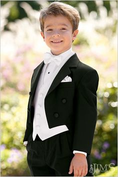 2017 Boys Formal Suits for Weddings Brand England Style Man Child Black Party Tuxedos Boys Formal Suits (Blazer+Pants+Vest+Bow)
