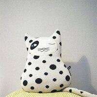 Nordic Style Сумасшедший кот Вязание подушки Детская комната украшения ребенок коттедж подушки дома Craft украшения 31x30 cm