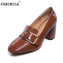 Женщины На Высоких Каблуках Патентные Обувь Из Натуральной Кожи Женщины Пряжки Старинные Толстые Каблуки Насосы Квадратных Носок Обуви Леди Обувь Размер 34-39