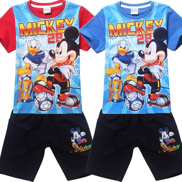 2015 niños juegos de ropa trajes de dibujos animados Mickey fútbol donald  duck tops pantalones de 0d9a80c813f78