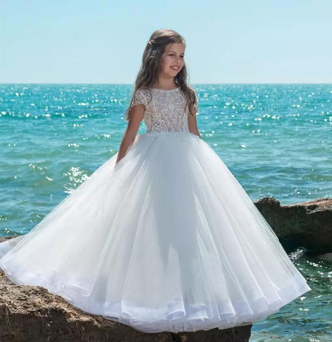 Elegant Vestido de Primera Communion Romance Button Crew Neck Lace Appliques Soft Tulle Ball Gown 2-16 Year Old crew neck button embellished tee