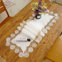 Creative Embroidered Lace Vintage Style Polyester Linen Table Runner
