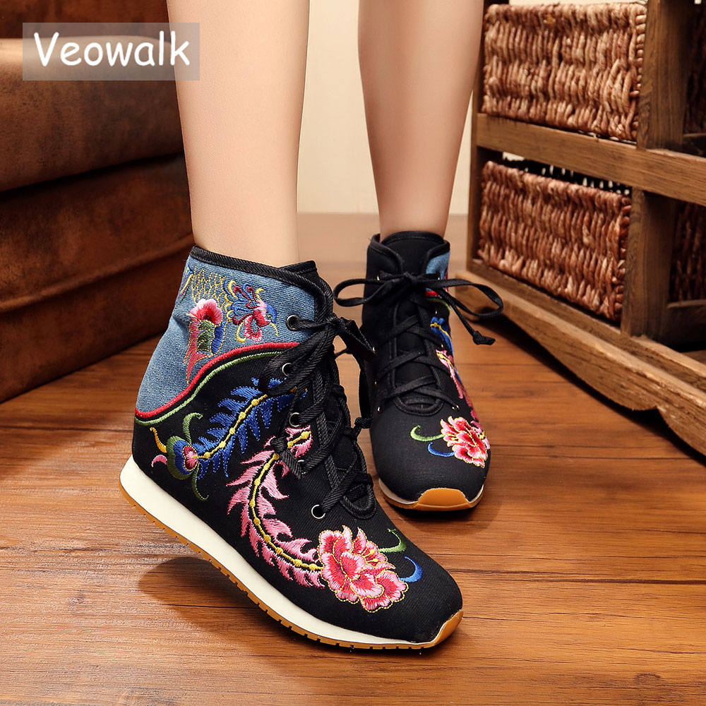 Veowalk Winter Women Short Ankle Fur Boots Cotton Embroidered Lace up Ladies Casual Warm Canvas Hidden Wedges Shoes Platforms