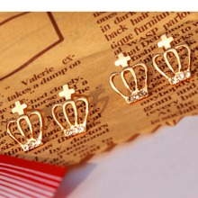 e024 2016 Fashion Cute Created CZ Diamond Gold plated Crown Stud font b Earrings b font