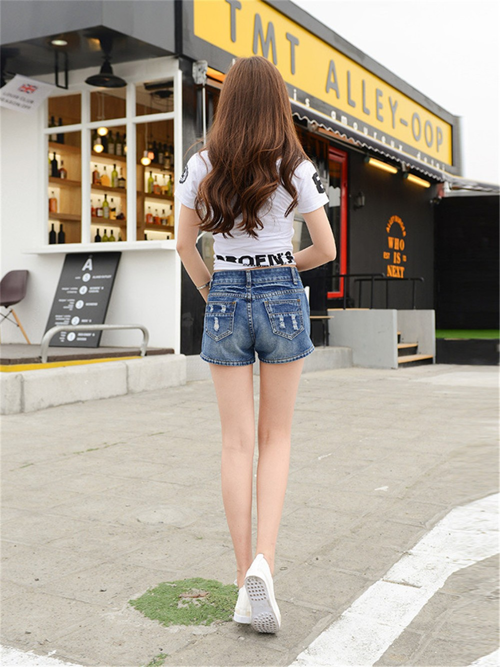Mainland Retro Mid waist Women Short Jeans Woman Denim Female Wild Short-Pants Summer Loose Short Fashion Plus size Short jeans  (18)