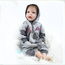 Realistic Doll Reborn 22 Inch/55cm Reborn Babies Boy Girl Gift For Children Play House Toys With Gray Suit Juguetes