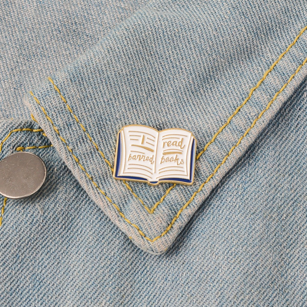 Fashion Cartoon Drip Pin Brooch I Banned Read Books Cute Book Brooch Lapel Pin Badge For Kids Jewelry Accessory Gift
