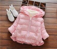 Mode Filles d'hiver clothing Bébé Fille Dentelle épaississement à capuchon vestes survêtement Enfants Warmer coton-rembourré Manteaux rose rouge