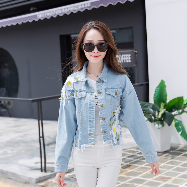Выстрел 2016 Hitz носить нерегулярные хем короткие свободные джинсовые куртки Корейский женский цветок вышивка
