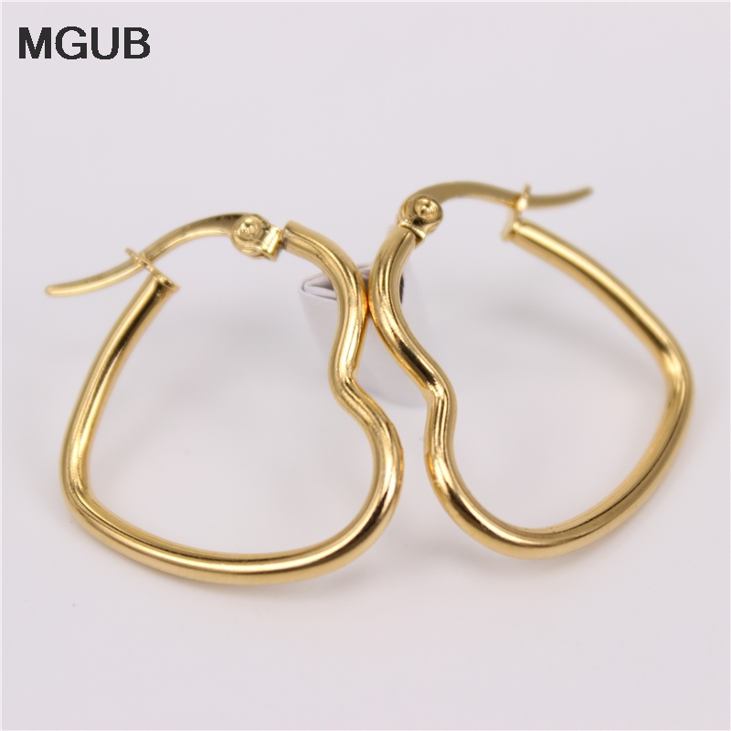 MGUB 25MM -55mm Heart-shaped Wire Plated Earrings Fine Hand Polishing Stainless Steel Lightweight Men And Women Preferred HX4