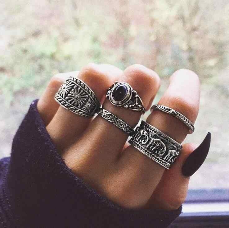 แฟชั่น Bohemian Vintage แหวนชุดสุภาพสตรีสีเงินแหวน Multi-element ผสมสีดำหินโอปอลงานแต่งงานแหวนเครื่องประดับของขวัญ
