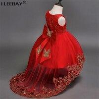 Ragazza di Alta Qualità Abito Da Principessa Rosso Coda Lunga Dell'arco di Farfalla Ragazze Floral Wedding Dress Bambini Ball Gown Ricamato Festa in Costume