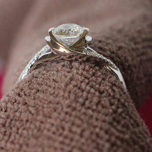 Крученая форма, кольцо из стерлингового серебра, 0.5CT, обручальное, синтетические бриллианты, ювелирные изделия на заказ, цвет белого золота