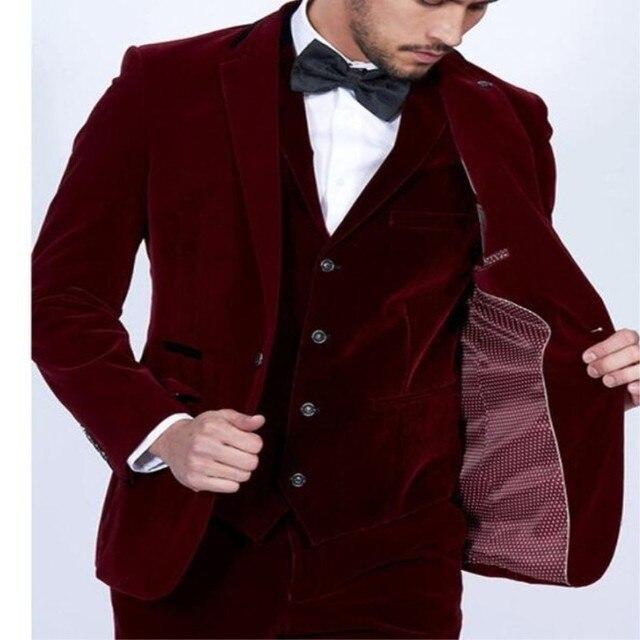 2018 vino de terciopelo rojo Partido de cena para hombre traje novio  esmoquin padrinos de boda 89bd0435bb4a