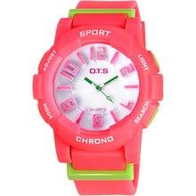 OTS Marca Niños relojes del Cuarzo Del Silicón Del Caramelo de la Manera Reloj Impermeable de Los Deportes de Los Niños para la muchacha del muchacho regalos del estudiante