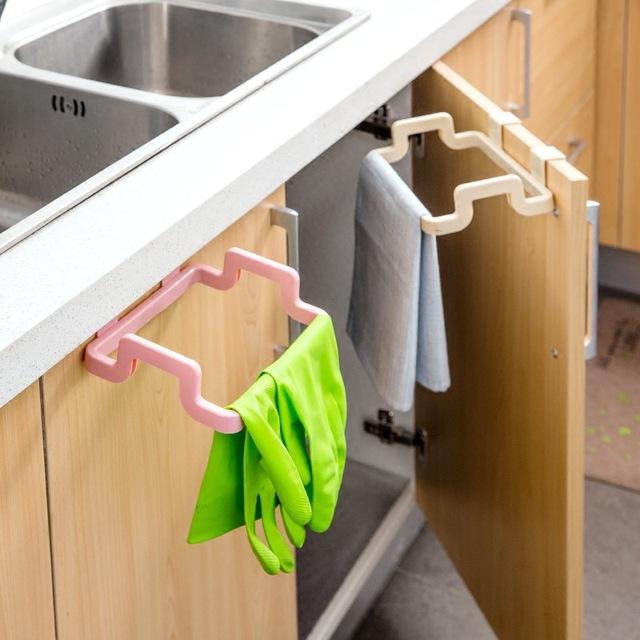 Eco-friendly Kitchen Cabinet Trash Bag Holder