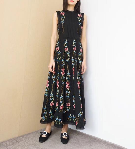 Fashion Robe Printemps Plage Bohème Longue Manches Coton Broderie 2019 Évider Sans Femmes Été Blanc Noir Maxi qwEaZI