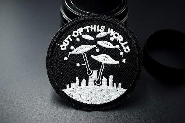 Online shop car ufo alien hand embroidered patch applique cute dsc05906 solutioingenieria Gallery
