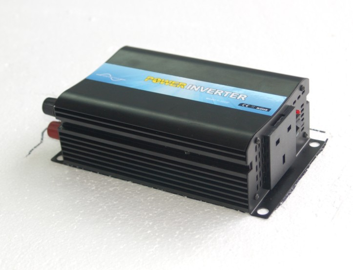цена на CE&RoHS Approved One Year Warranty 300w Anti-interference Inverter For TV/Computer DC 12V/24V to AC 220V