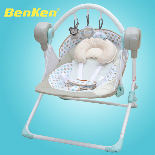 Marca berço do bebê elétrica cadeira de balanço cadeira de balanço música bebê dormindo cesta berço automático moldura dourada