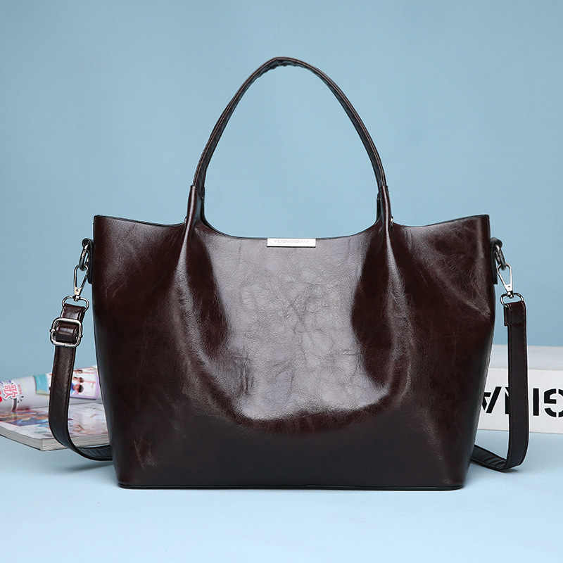 Sac en cuir véritable mode femmes sac à main huile cire en cuir femmes sac grande capacité sac fourre-tout grandes dames sacs à bandoulière célèbre C823