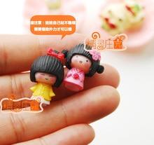Mini dollhouse Mini furniture model of the super mini pair of small dolls