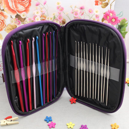 Gratis frakt Högkvalitativ 22-sticks set Multi-Color Aluminium Crochet Hooks Needles Knit Weave Craft Garn