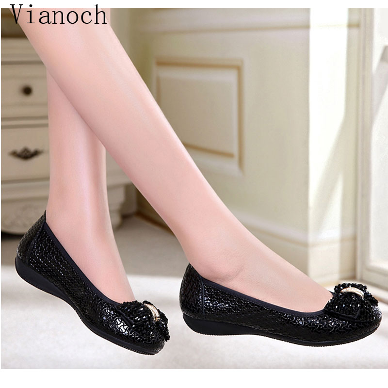 2019 New Fashion Flats Women Soft Shoes Woman Loafers Lady Size 40 wo1808195 in Women 39 s Flats from Shoes
