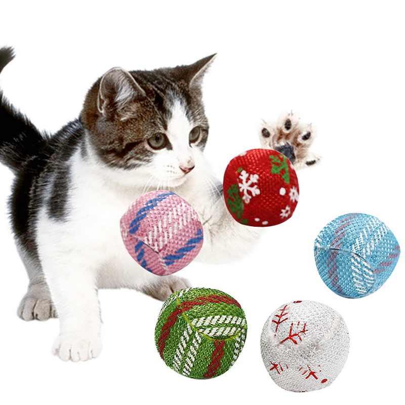 Gatti di Colore casuale Sfera Creativa 4 centimetri Giocattoli Interactive Che Gioca Masticare Sonaglio Antigraffio Pet Gatto Palla di Formazione Forniture Per Animali Da Compagnia