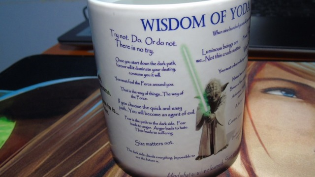 Yoda Mugs Changing color