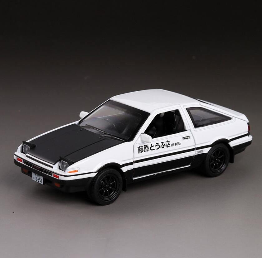 1/32 Diecasts & Toy Vehicles TOYOTA AE86 Super Car Model With Sound&Light Collection Car Toys For Boy Children Gift brinquedos